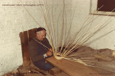 mandenmaker albert vanhauteghem 1977 (3) bewerkt