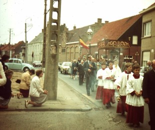 processie ename