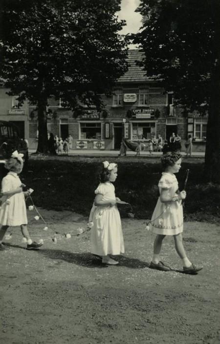 processie jaren 50 leen provost en rita vande maele